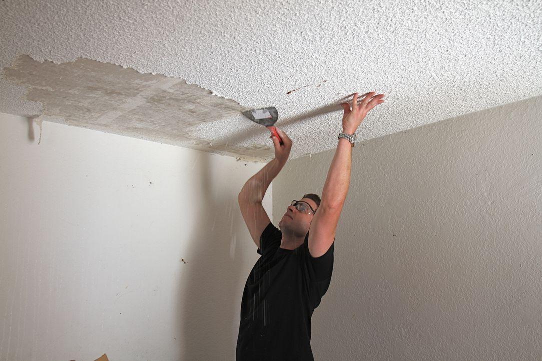 Um alles perfekt und nach seinen Vorstellungen zu bauen, packt Tarek auch selber mit an ... - Bildquelle: 2013,HGTV/Scripps Networks, LLC. All Rights Reserved