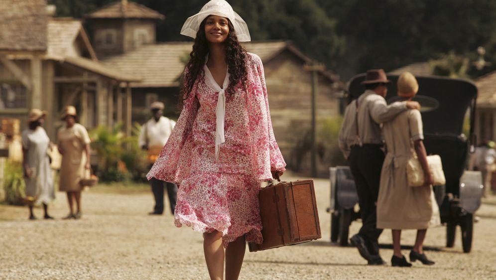 Halle Berry: Die Liebe stirbt nie - Bildquelle: Vivian Zink Harpo Films