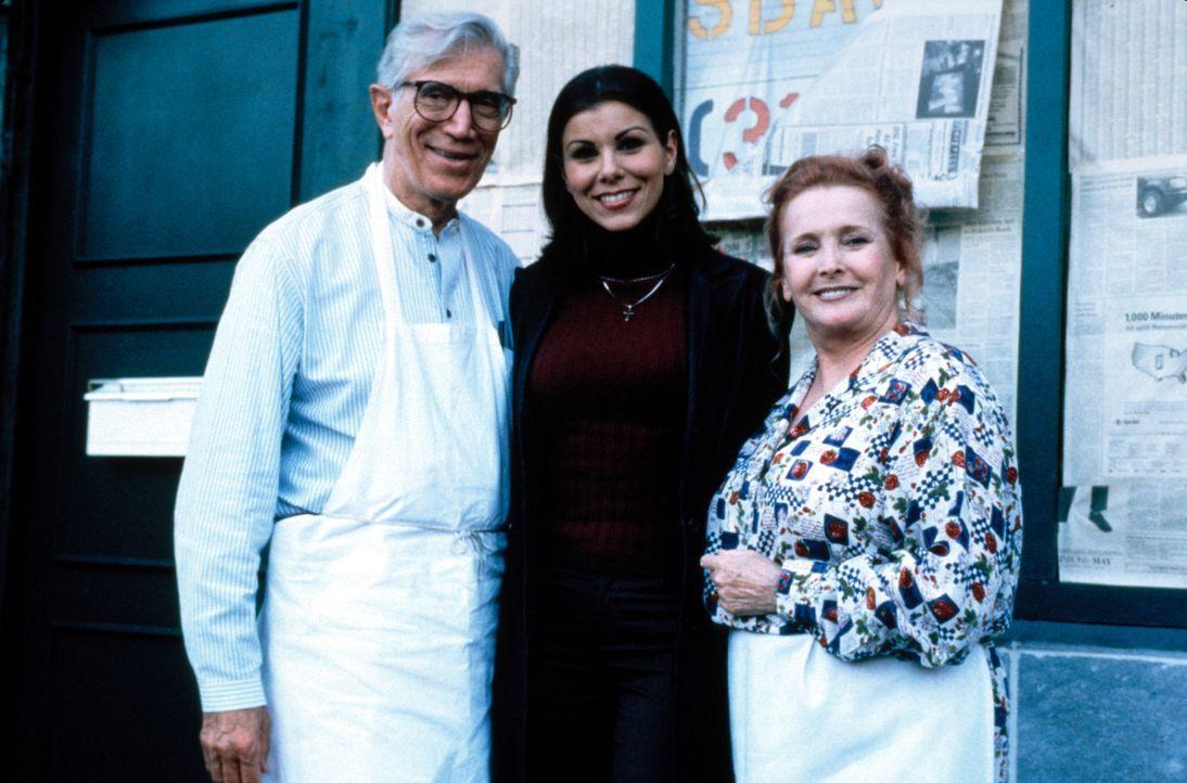 Lydia (Heather Paige Kent, M.) fühlt sich ihrer Entscheidung, ein selbständiges Leben zu führen, sehr gut ... - Bildquelle: CBS Television