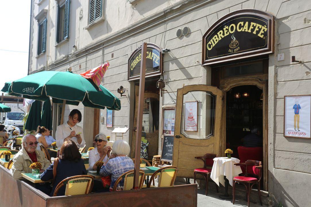 Im Restaurant -Restaurants Cibrèo verbringt Giada einen Tag, um mit dem Chef Fabio Picchi über gutes Essen zu fachsimpeln und sich Anregungen für ne... - Bildquelle: 2016,Television Food Network, G.P. All Rights Reserved