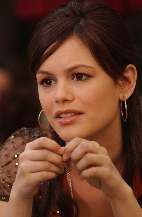 Summer (Rachel Bilson) ist genervt von Seth, da er sich ständig in die Beziehung zwischen Ryan und Marissa einmischt ... - Bildquelle: Warner Bros. Television