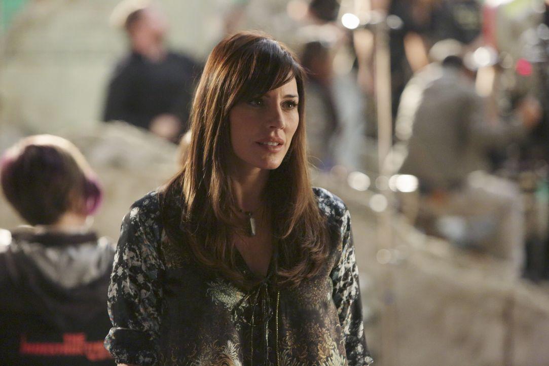 Castle und Beckett ermitteln in einem neuen Mordfall und stoßen dabei auf Naomi Duvray (Krista Allen). Doch hat sie etwas damit zu tun? - Bildquelle: ABC Studios