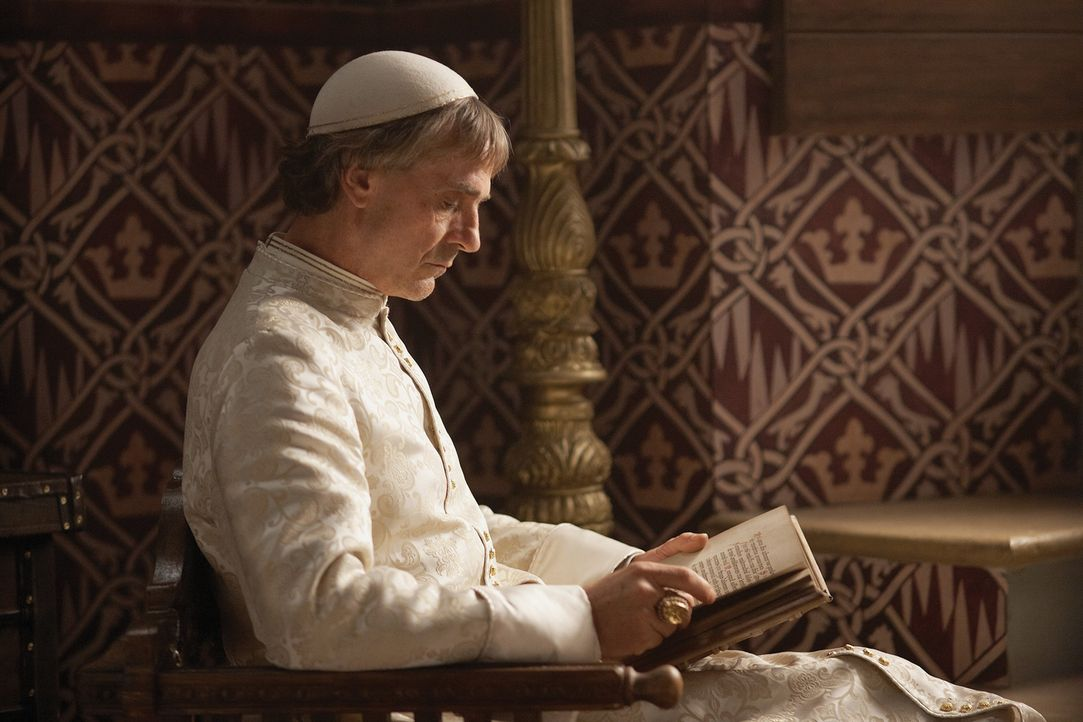 Seine Heiligkeit Papst Alexander VI. (Jeremy Irons) kennt wenig Skrupel, wenn es darum geht, seine Macht zu festigen ... - Bildquelle: LB Television Productions Limited/Borgias Productions Inc./Borg Films kft/ An Ireland/Canada/Hungary Co-Production. All Rights Reserved.