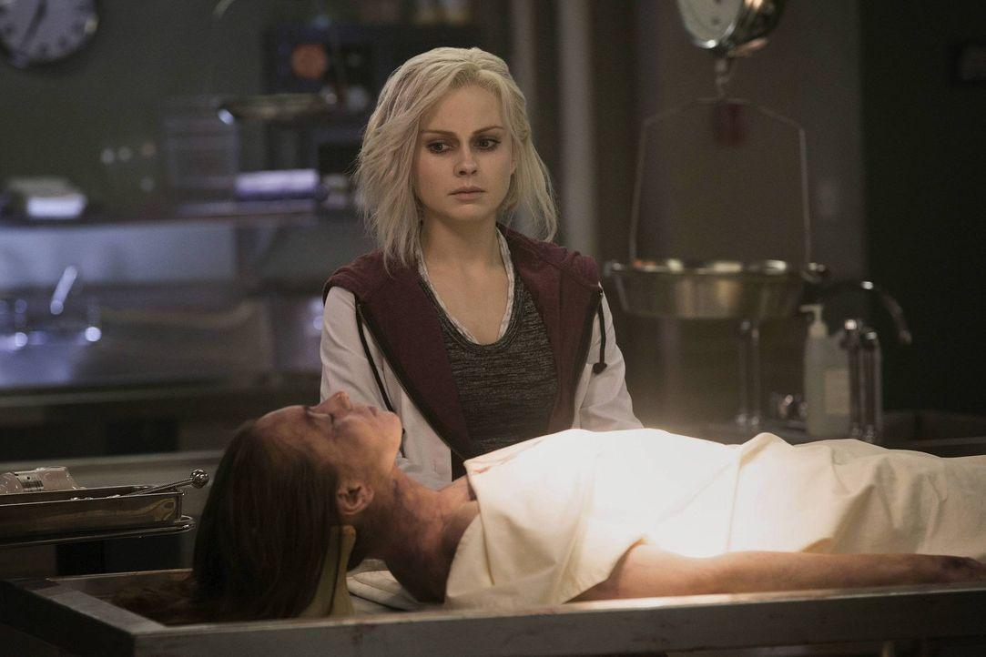 Indem sie das Gehirn der Prostituierten Stefanie isst, erhält sie Zugang zu deren Erinnerungen. Liv will helfen, den Mord aufzuklären ... - Bildquelle: Warner Brothers