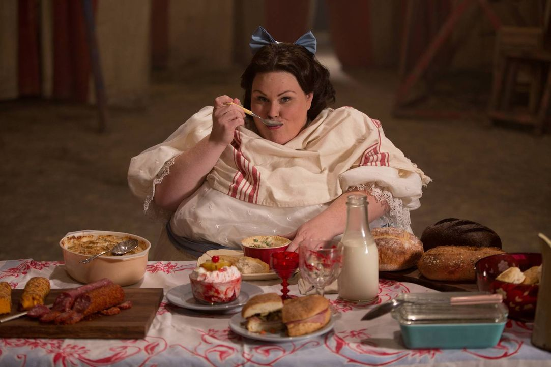 Kann Barbara (Chrissy Metz) die Lücken ausfüllen, die gleich zwei Freaks hinterlassen? - Bildquelle: 2014-2015 Fox and its related entities. All rights reserved.