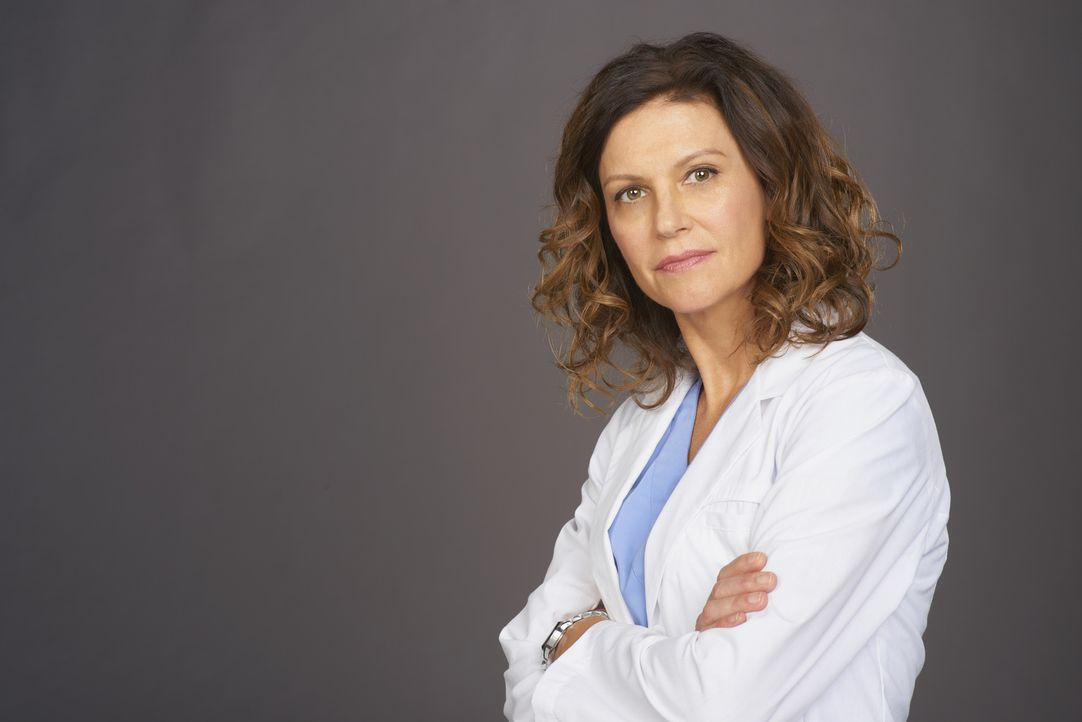 (3. Staffel) - Kümmert sich aufopferungsvoll um ihre Patienten und ihre Kollegen: Dr. Dana Kinney (Wendy Crewson) ... - Bildquelle: 2014 Hope Zee Three Inc.