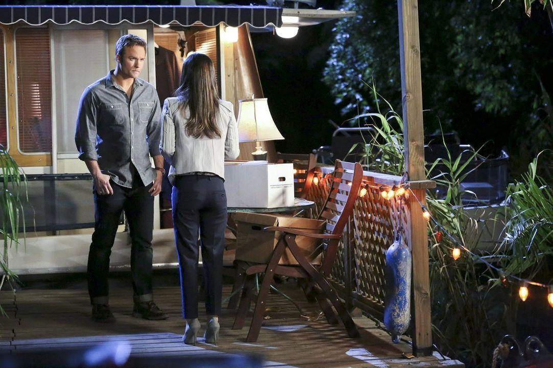 Wie wird es zwischen Zoe (Rachel Bilson, r.) und George (Scott Porter, l.) weitergehen? - Bildquelle: Warner Bros.