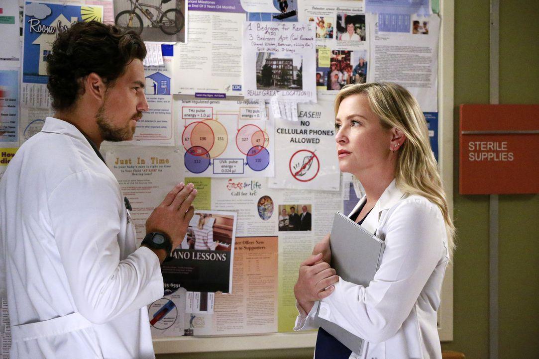 Wird Dr. Andrew DeLuca (Giacomo Gianniotti, l.) Arizonas (Jessica Capshaw, r.) neuer Mitbewohner? - Bildquelle: Mitchell Haaseth ABC Studios
