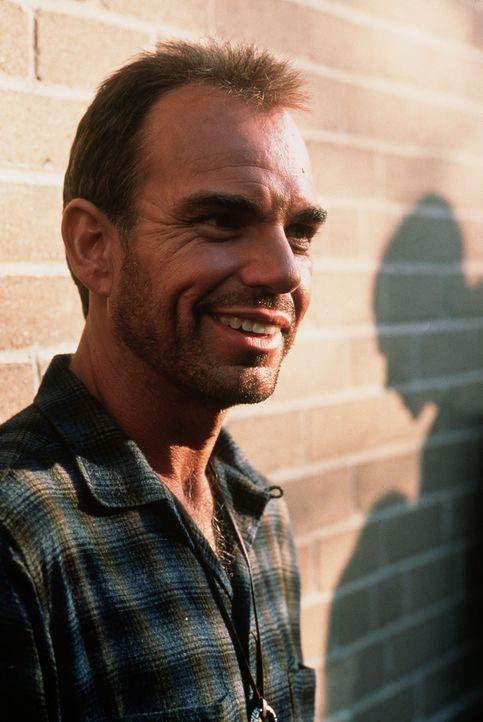 Scheinbar ungerührt nimmt Russell (Billy Bob Thornton) den Fehdehandschuh auf ... - Bildquelle: TWENTIETH CENTURY FOX