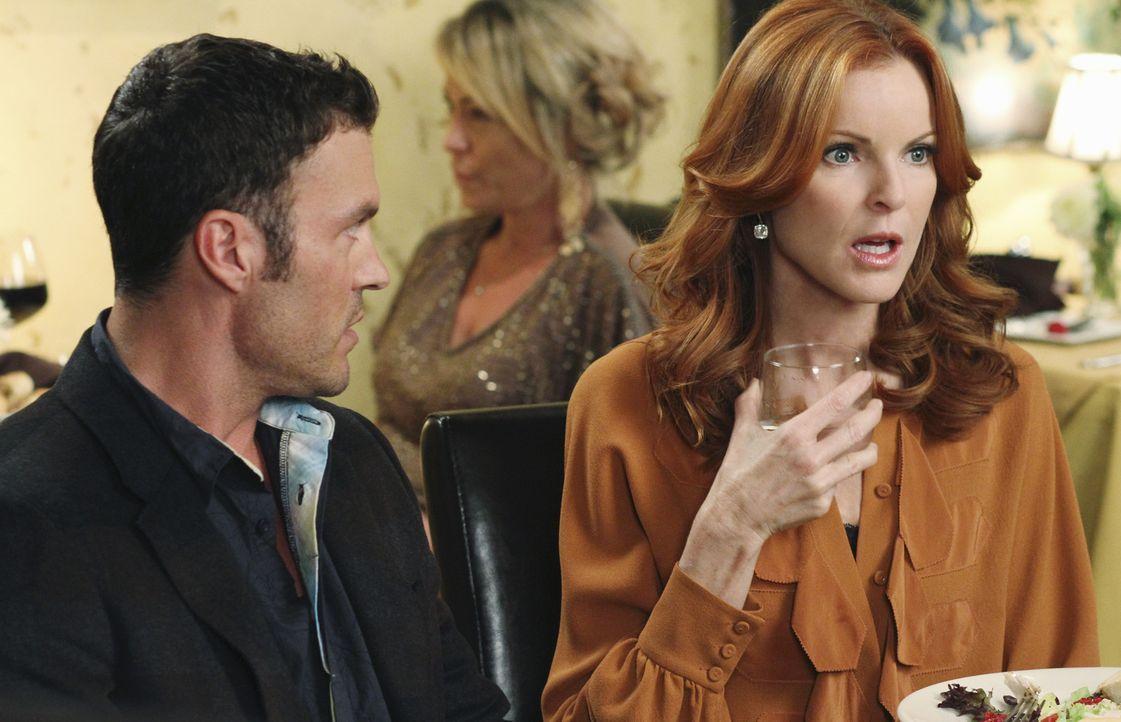 Während Beth alles daransetzt, herauszufinden, was Paul für dunkle Pläne schmiedet, trifft Bree (Marcia Cross, r.) auf Keith' (Brian Austin Green, l... - Bildquelle: ABC Studios