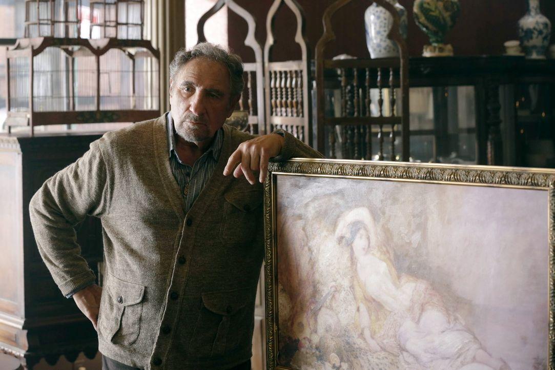 Abe (Judd Hirsch) ahnt nicht, dass der vermeintliche Jungbrunnen schwere gesundheitliche Folgen nach sich zieht ... - Bildquelle: Warner Brothers