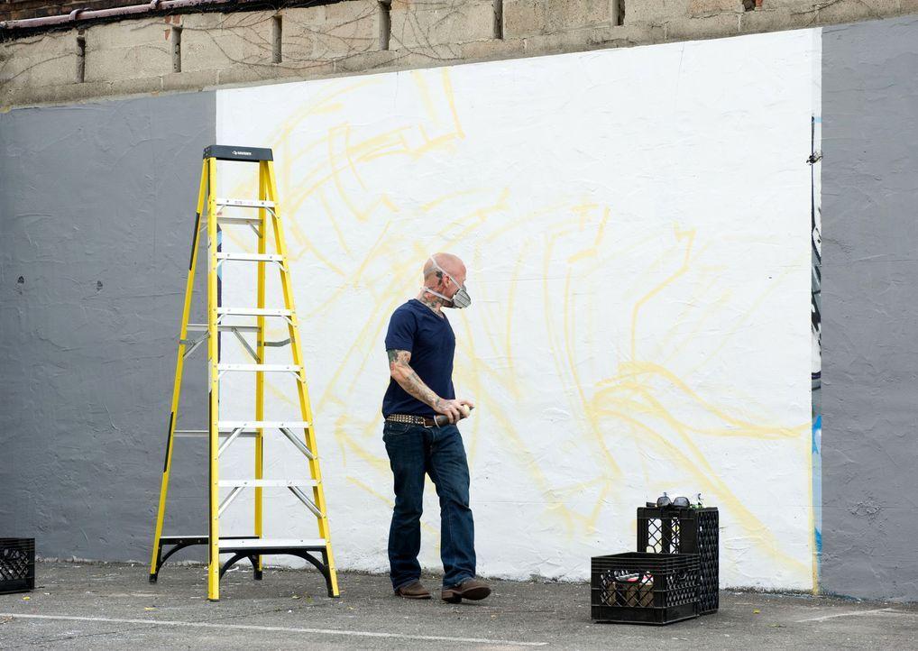 Viele seiner Kollegen und seiner Konkurrenten haben bereits Erfahrungen mit Graffitis gesammelt, aber Tommy Helm selbst hatte nur wenig mit der Stra... - Bildquelle: Fernando Leon Spike TV
