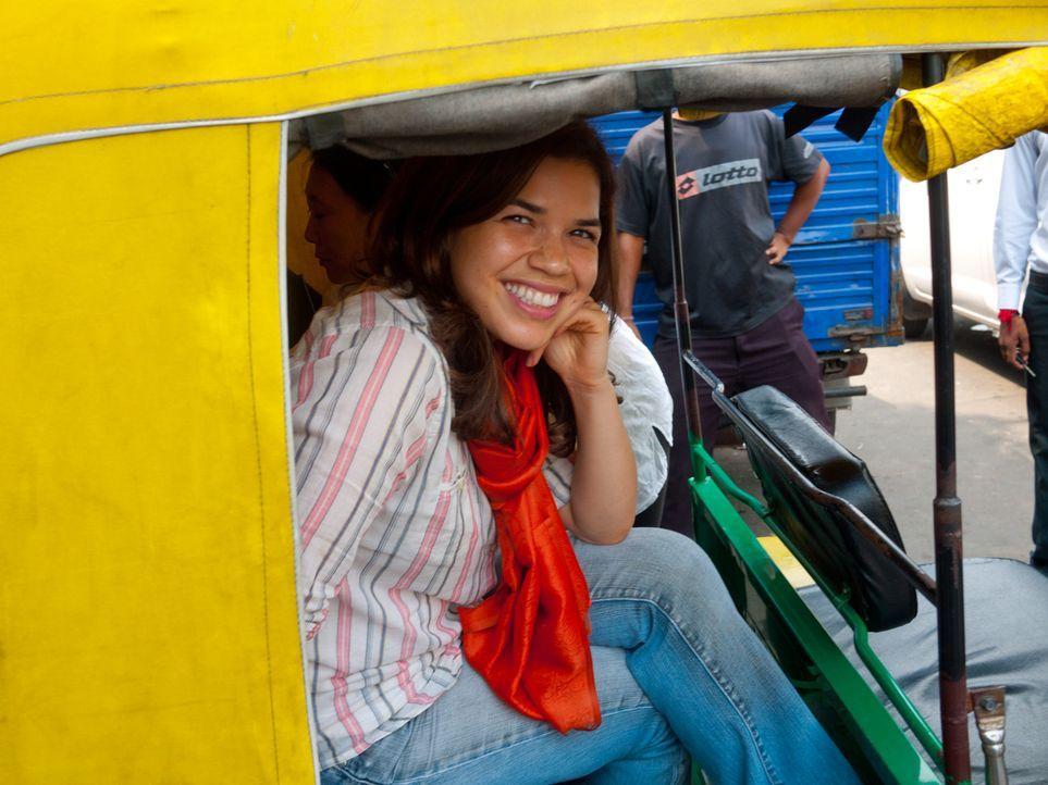 America Ferrera reist nach Indien, wo Familien aus niedriger Kaste ihre minderjährigen Töchter an Zuhälter verkaufen. - Bildquelle: Fremantle