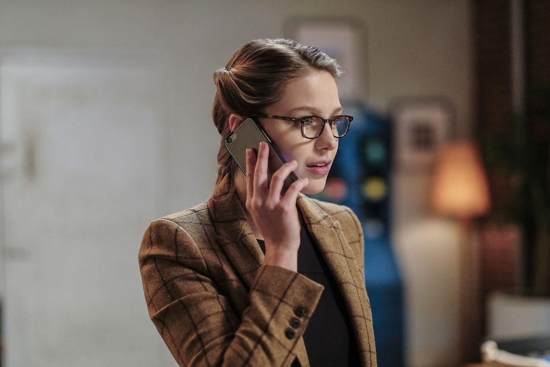 Um Cadmus zu stoppen, veranlasst Kara (Melissa Benoist) ein Interview zwischen Snapper Carr und Supergirl. Das jedoch verläuft alles andere, als gep... - Bildquelle: 2016 Warner Brothers