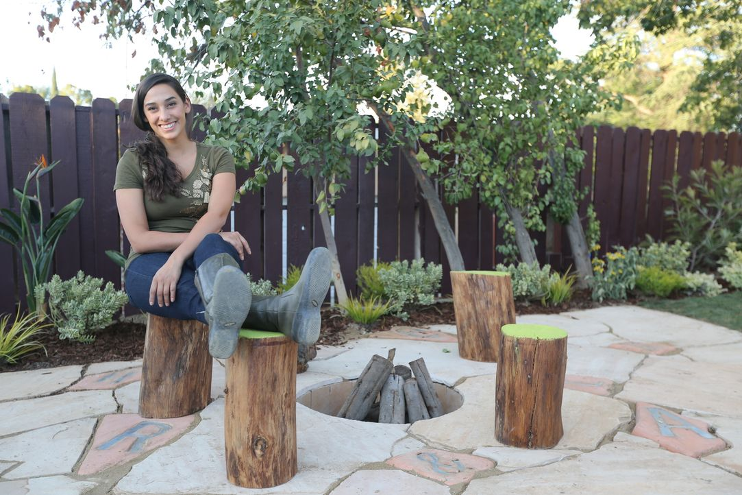 Wie werden Alex und Ruth auf ihren von Sara Bendricks (Bild) gestalteten Garten reagieren? - Bildquelle: 2014, DIY Network/Scripps Networks, LLC. All RIghts Reserved.