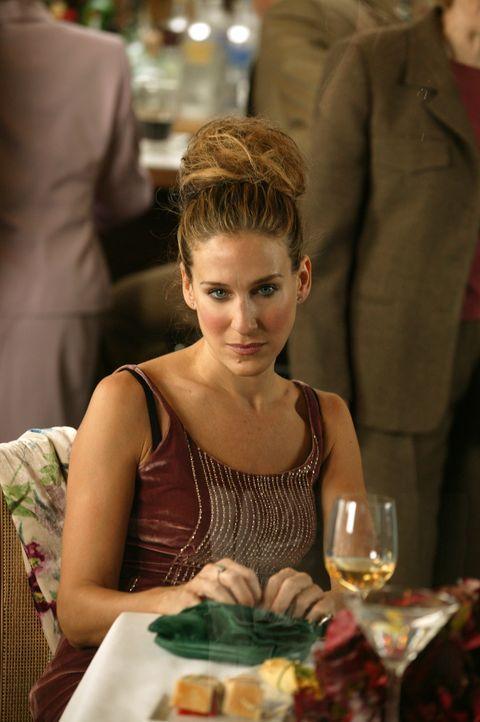 Mit einem Romantiker wie Aleksandr tut sich Carrie (Sarah Jessica Parker) richtig schwer ... - Bildquelle: Paramount Pictures