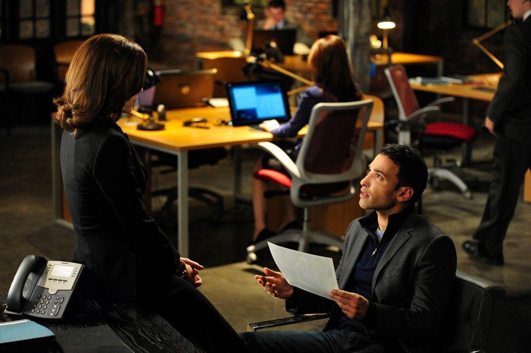Viel Arbeit wartet auf Alicia (Julianna Margulies, l.) und Zayeed Shaheed (Haaz Sleiman, r.) ... - Bildquelle: John Paul Filo 2013 CBS Broadcasting Inc. All Rights Reserved.