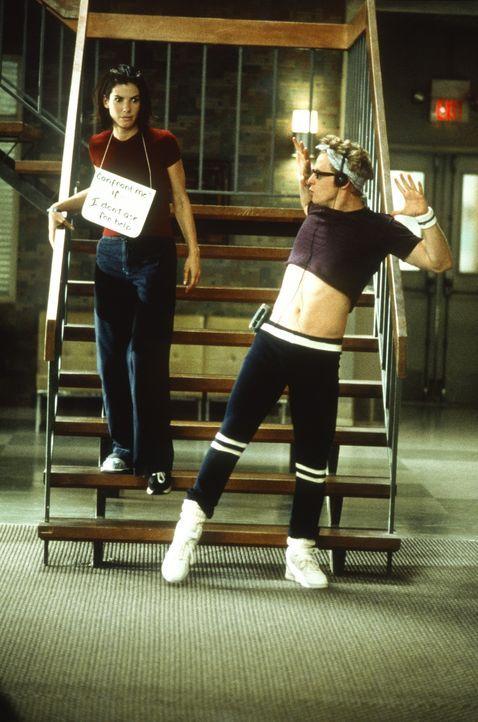 Anfangs ist es für Gwen (Sandra Bullock, l.) unvorstellbar, 28 Tage Entziehungskur durchzustehen ... - Bildquelle: Columbia TriStar Film GmbH