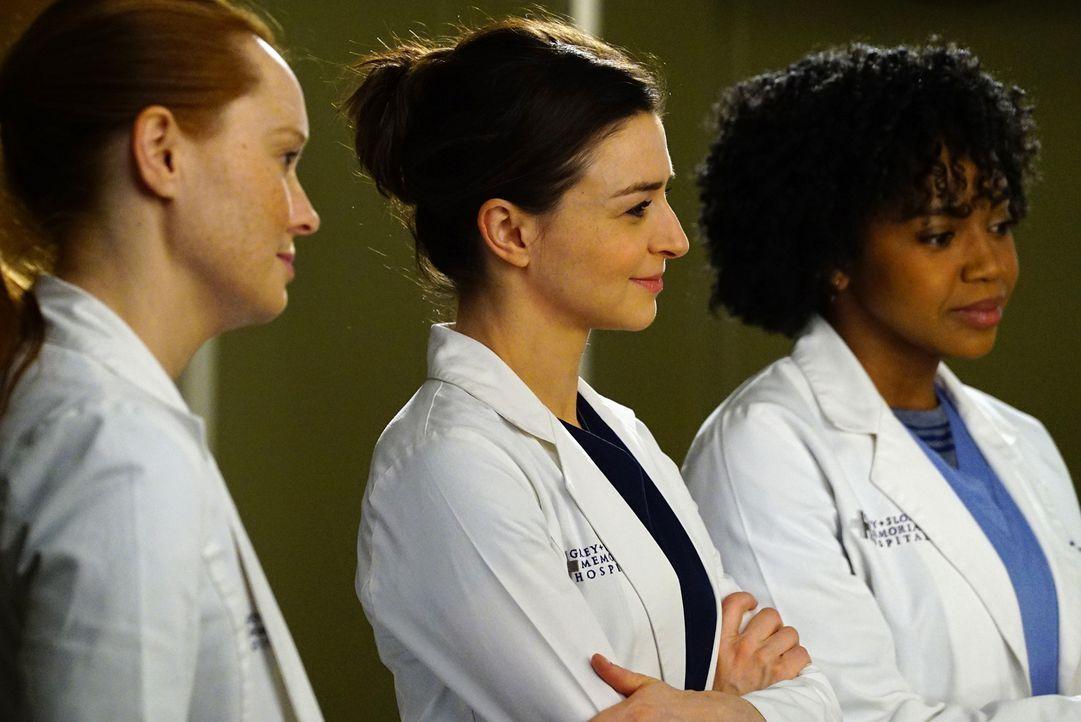 Kümmern sich um den an MS erkrankten Musiker Kyle Diaz: Penelope (Samantha Sloyan, l.), Amelia (Caterina Scorsone, M.) und Stephanie (Jerrika Hinton... - Bildquelle: Richard Cartwright ABC Studios