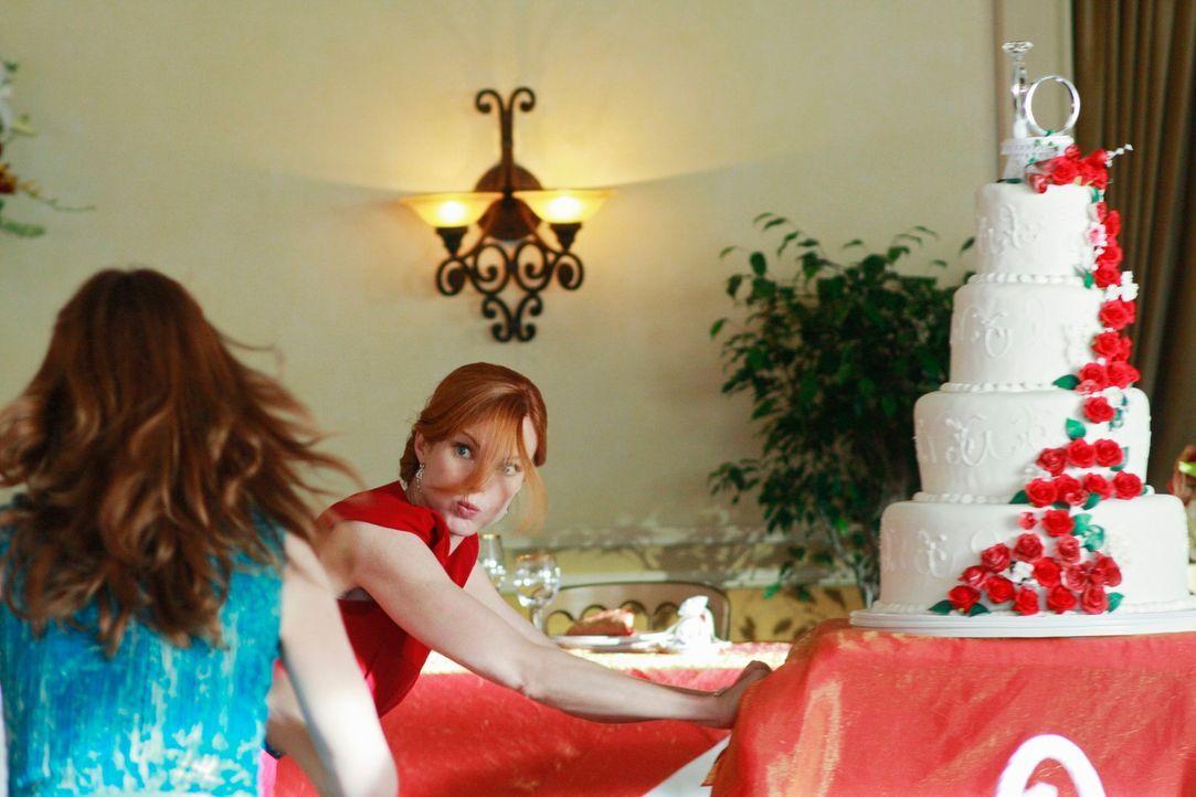 Zwischen Katherine (Dana Delany, l.) und Bree (Marcia Cross, r.) kracht es gewaltig ... - Bildquelle: ABC Studios