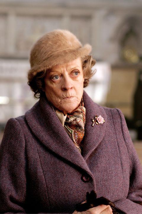 Unter der Obhut der scheinbar liebenswürdigen Haushälterin Grace Hawkins (Maggie Smith) löst sich aller Kummer in Wohlgefallen auf ... - Bildquelle: Constantin Film