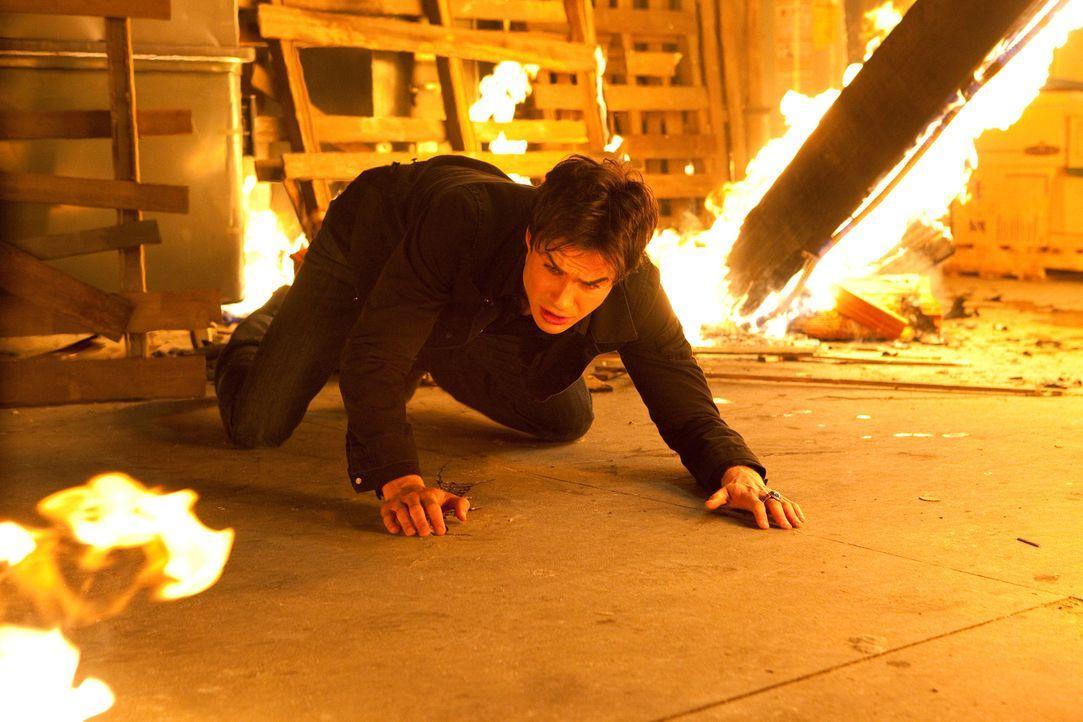 Gerät dank einer Erfindung in Gefangenschaft: Damon (Ian Somerhalder) ... - Bildquelle: Warner Bros. Television