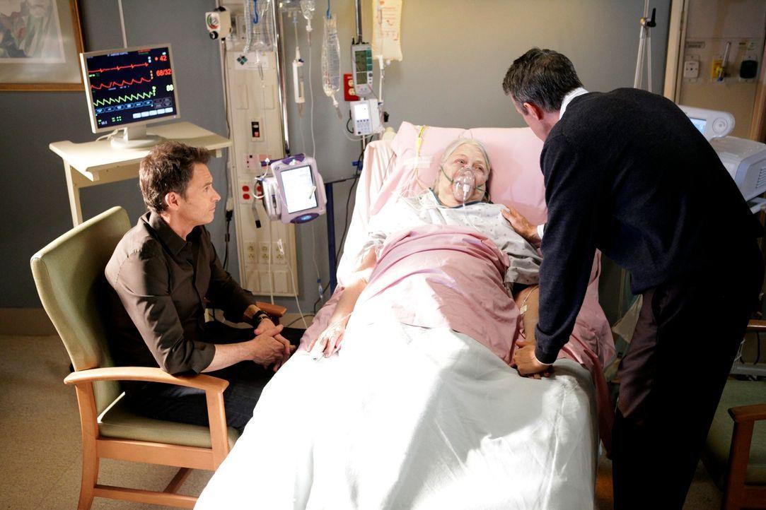Während Cooper ein musikalisches Wunderkind behandelt, muss sich Pete (Tim Daly, l.) erneut mit seiner Mutter Frances (Louise Fletcher, M.) und sei... - Bildquelle: ABC Studios
