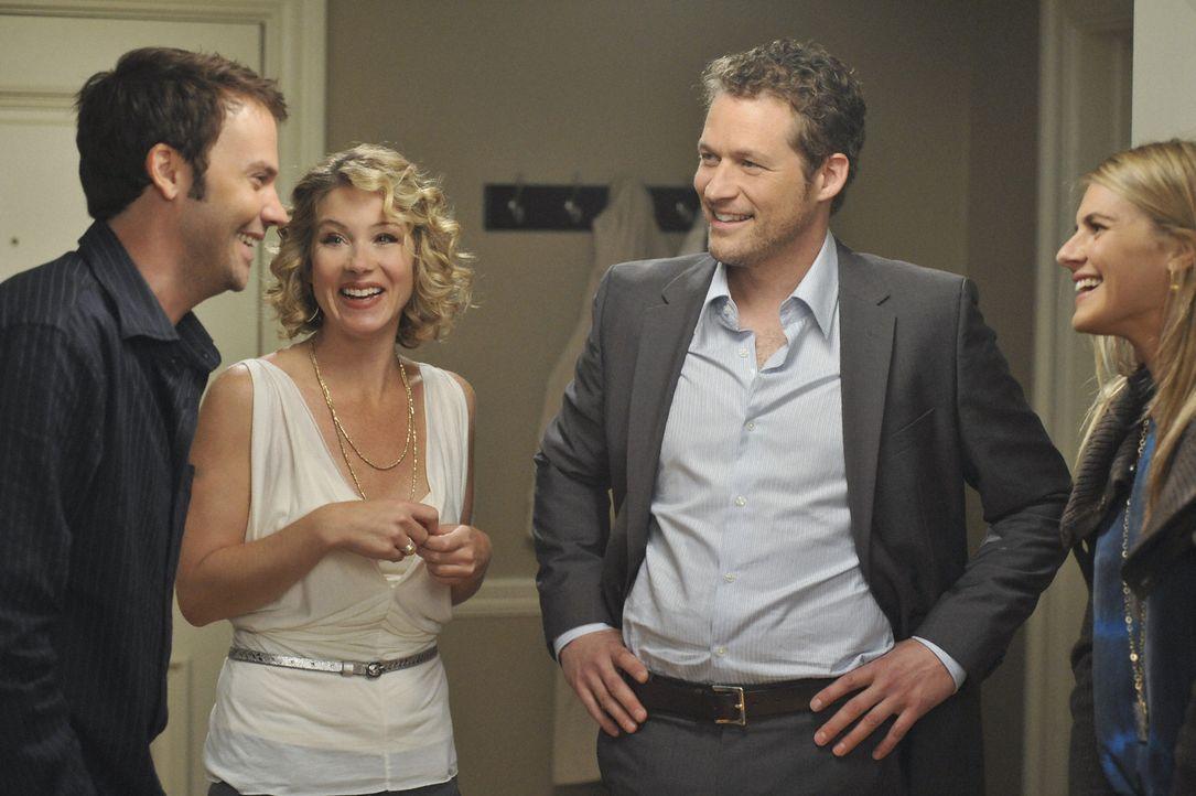 Ein Abend der völlig anderes verläuft als geplant: Samantha (Christina Applegate, 2.v.l.) lädt Owen (James Tupper, 2.v.r.), Todd (Barry Watson, l... - Bildquelle: 2008 American Broadcasting Companies, Inc. All rights reserved.