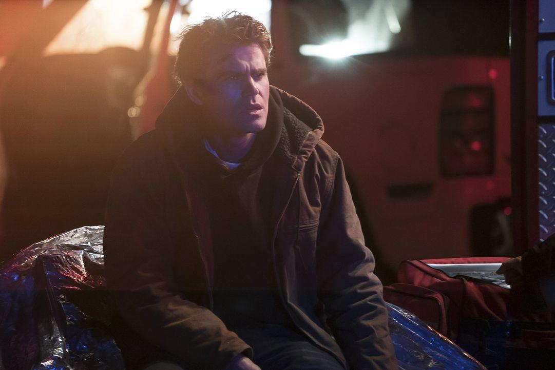 Während sich Stefan (Paul Wesley) in seiner persönlichen Hölle wähnt, müssen Valerie und Damon mit der Tatsache zurechtkommen, dass der Phoenix-Stei... - Bildquelle: Warner Bros. Entertainment, Inc.