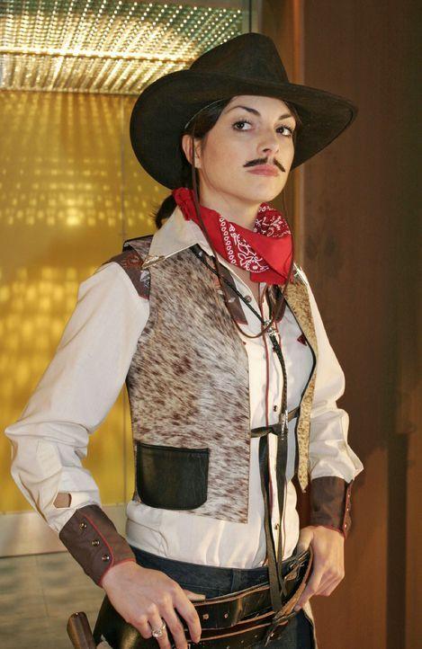 Mariella (Bianca Hein) als Cowboy - Bildquelle: Noreen Flynn SAT.1 / Noreen Flynn