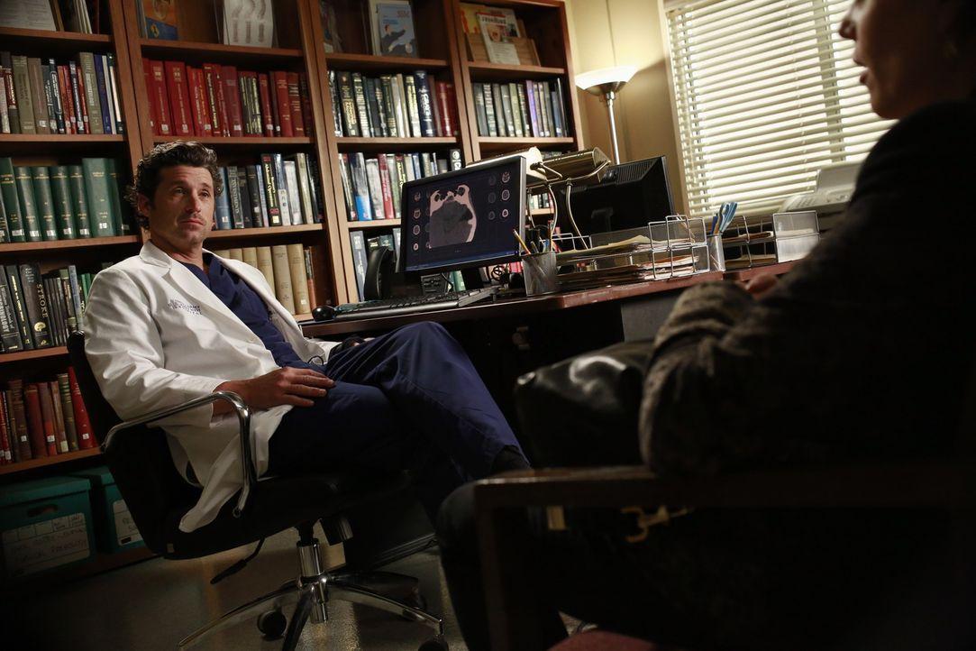 Wird Derek (Patrick Dempsey, l.) sich für eine riskante Operation entscheiden, die seine Hand wieder funktionsfähig machen könnte? - Bildquelle: ABC Studios