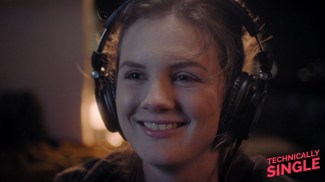Braingirl Juli - Bildquelle: COCOFILMS / KARBE FILM