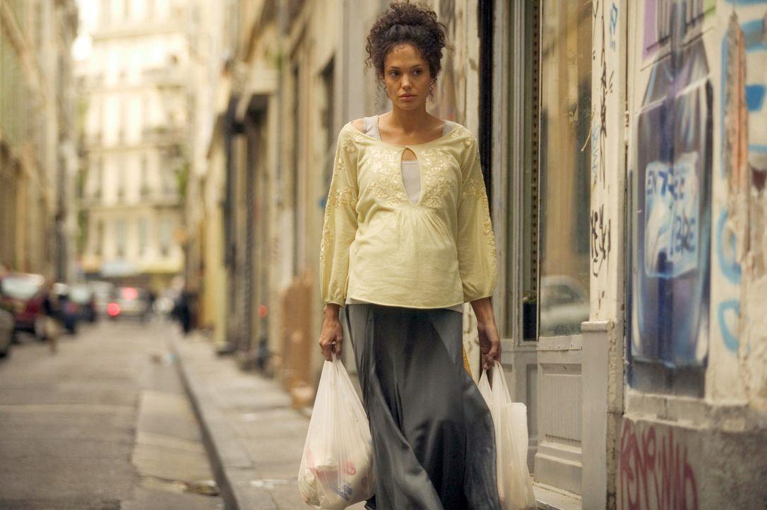 Wird die hochschwangere Mariane Pearl (Angelina Jolie) ihren Mann, der von der Al-Qaida entführt wurde, jemals wiedersehen? - Bildquelle: 2012 BY PARAMOUNT VANTAGE, A DIVISION OF PARAMOUNT PICTURES. ALL RIGHTS RESERVED