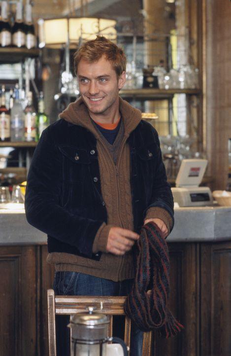 Als Alfie (Jude Law) die Freundin seines Kumpels schwängert und sich dann auch noch in die abgebrühte Liz verliebt, muss sich er seinem egozentris... - Bildquelle: Paramount Pictures