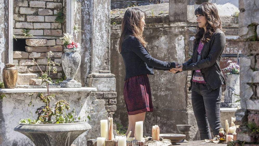 Staffel 4, Folge 20, Stadt der Vampire (The Originals)  Staffel 4, Folg...