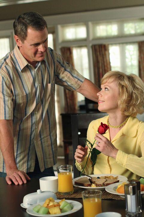 Führen Beth (Emily Bergl, r.) und Paul Young (Mark Moses, l.) eine glückliche Ehe? - Bildquelle: ABC Studios