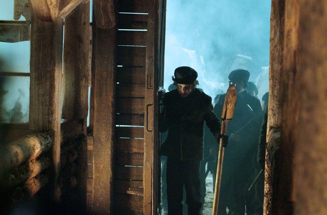 Im Jahre 1913 geschieht in einem abgelegenen Bergwerk in Pennsylvania ein Unglück, als der hartherzige Besitzer einen Schacht mit Dynamit sprengen l... - Bildquelle: Nu Image Films