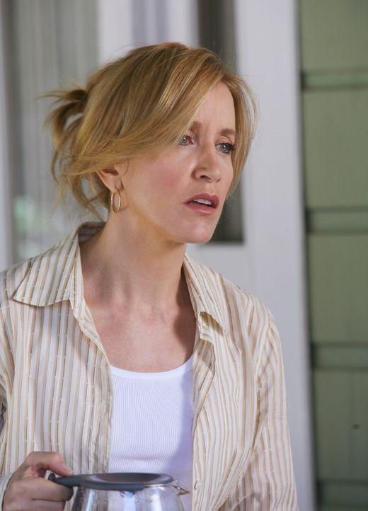 Kayla kommt in Toms und Lynettes Familie und erweist sich als harter Brocken, vor allem für Lynette (Felicity Huffman) ... - Bildquelle: 2005 Touchstone Television  All Rights Reserved