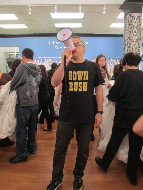 Hunderte Bräute stürmen den Laden, den Rick (Bild) und Leslie laden zum jährlichen Ausverkauf ... - Bildquelle: TLC