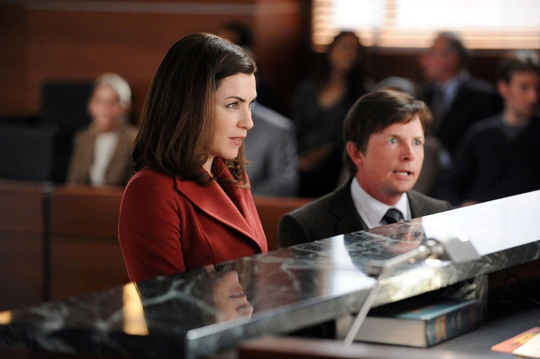 Kämpfen um die Gunst des Richters: Alicia (Julianna Margulies, l.) und Louis Canning (Michael J. Fox, r.) - Bildquelle: 2010 CBS Broadcasting Inc. All Rights Reserved.