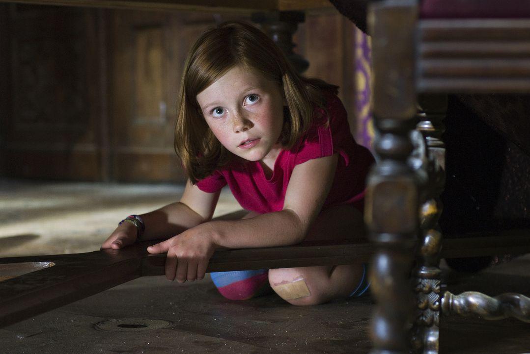 Lilli (Alina Freund) ist ein ganz normales Mädchen, das mit seiner Mutter und dem kleinen Bruder ein typisches Kleinfamilienleben führt. Das ändert... - Bildquelle: Marco Nagel Disney