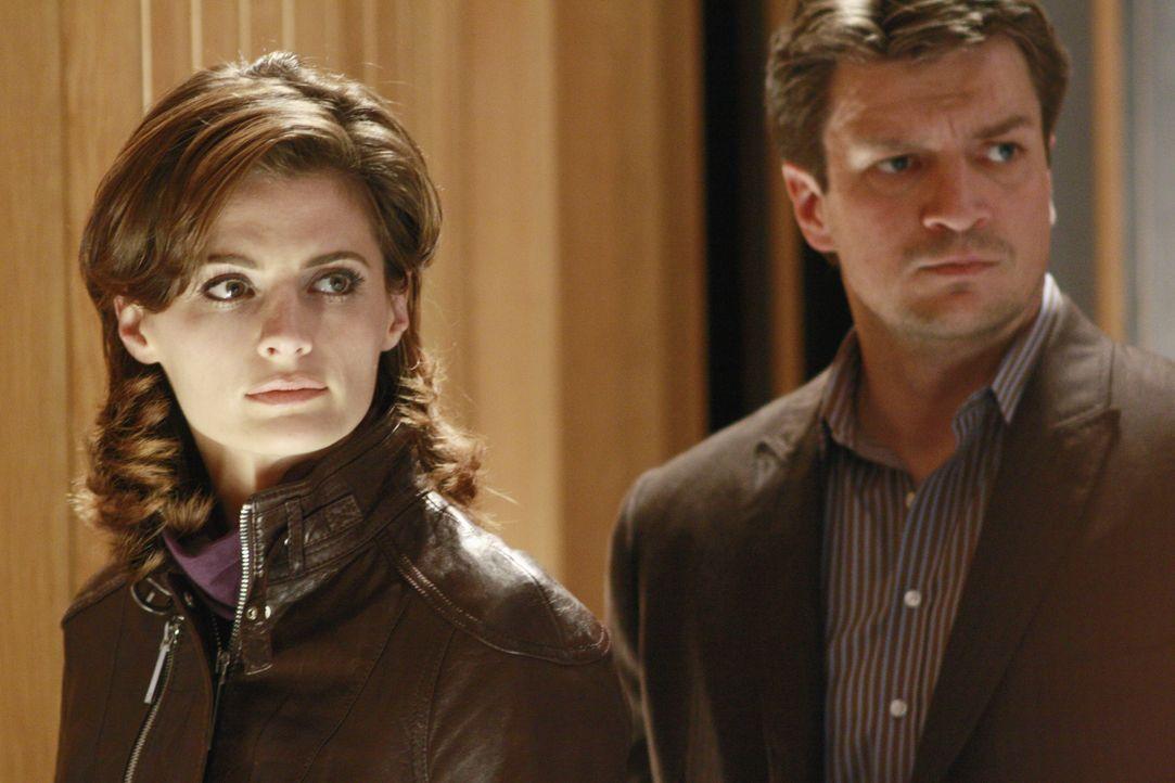 Verfolgen eine heiße Spur: Richard Castle (Nathan Fillion, r.) und Kate Beckett (Stana Katic, l.) - Bildquelle: ABC Studios