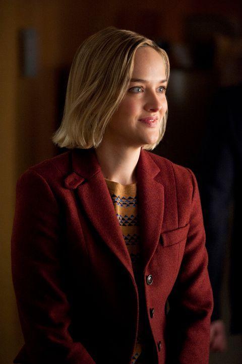 Robyn (Jess Weixler) soll als zweite Ermittlerin eingestellt werden, und das gefällt Kalinda ganz und gar nicht ... - Bildquelle: David M. Russell 2013 CBS Broadcasting, Inc. All Rights Reserved