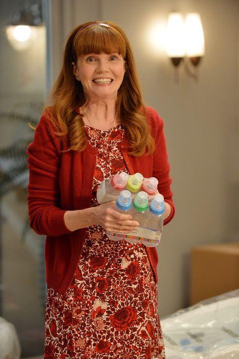 Überdreht, gut gelaunt und euphorisch: Aprils (Connie Ray) Mutter lässt nichts anbrennen ... - Bildquelle: ABC Studios