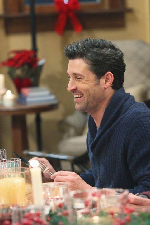 Weihnachten steht vor der Tür: Meredith und Derek (Patrick Dempsey) laden zu einer Feier ein ... - Bildquelle: Touchstone Television