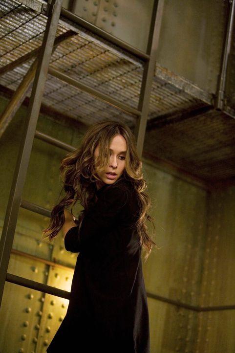 Melinda (Jennifer Love Hewitt) befindet sich plötzlich in einer äußerst brenzligen Lage ... - Bildquelle: ABC Studios