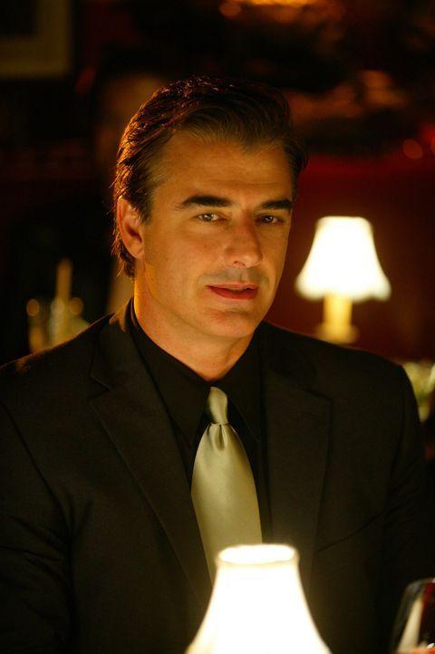 Mr. Big (Chris Noth) ist wieder für einige Tage in New York und trifft sich mit Carrie zum Abendessen. Dabei eröffnet ihr beiläufig, dass er sich... - Bildquelle: Paramount Pictures