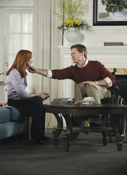 Keith kommt mit der Vertrautheit von Bree (Marcia Cross, l.) und Orson (Kyle MacLachlan, r.) nicht ganz klar ... - Bildquelle: ABC Studios