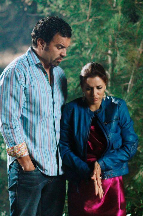 Wie wird ihr Leben weitergehen? Gabrielle (Eva Longoria, r.) und Carlos (Ricardo Antonio Chavira, l.) ... - Bildquelle: Touchstone Pictures