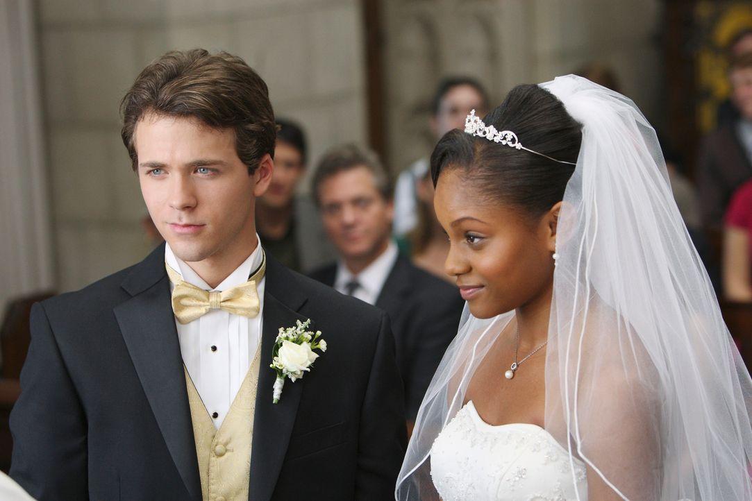 Wollen ihr Leben gemeinsam verbringen und geben sich deshalb das Ja-Wort: Maya (Geffri Maya, r.) und Dink (Stephen Lunsford, l.) ... - Bildquelle: ABC Studios